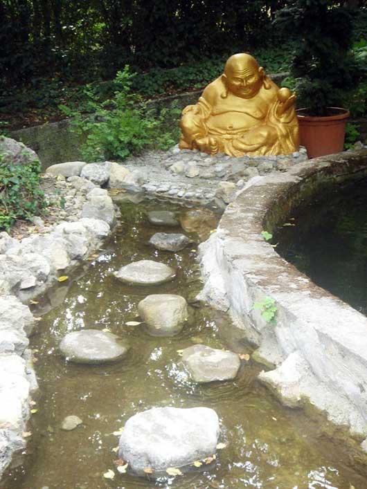 Подход к Будде