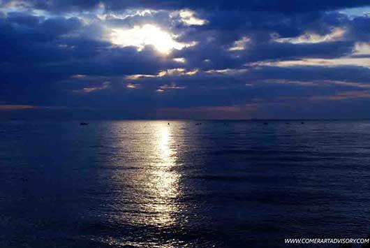 Ночной вид моря