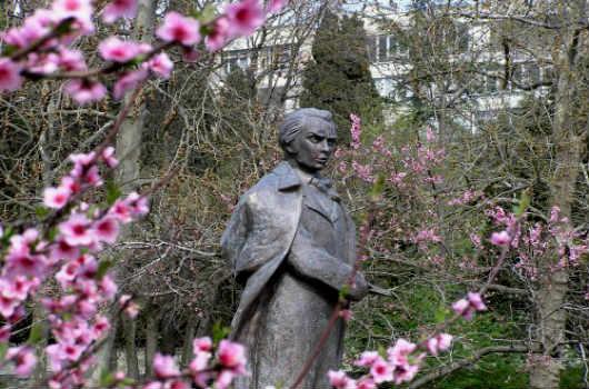 Памятник Шевченко Т.Г