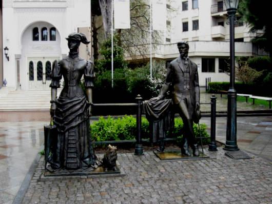 Памятник Чехову и Даме с собачкой