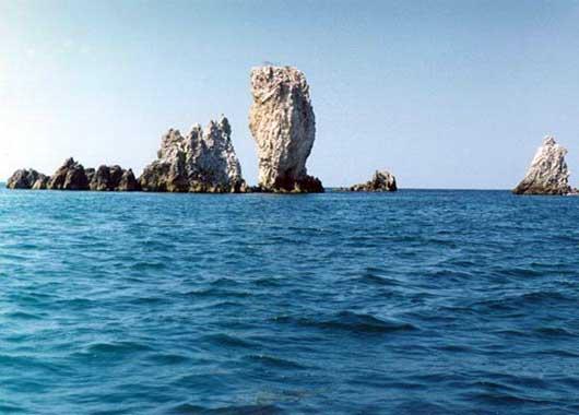 Скалы корабли на мысе Опук