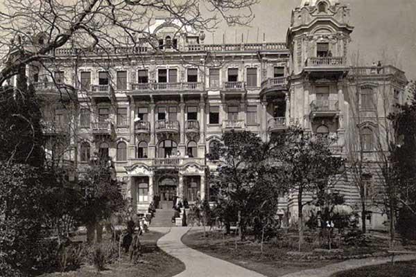 Старый вид отеля Вилла Елена