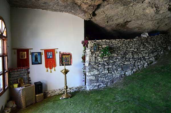 Обстановка в монастыре