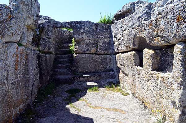 Пещерный город со времён Феодоро
