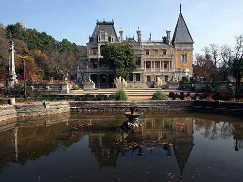 Вид Массандровского дворца