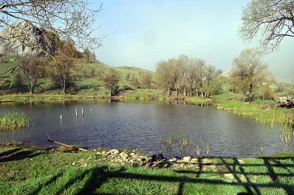 Озеро в котловине фото