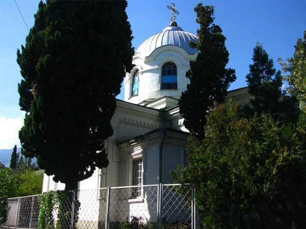 Церковь Святого Великомученика Теодора Тирона фото