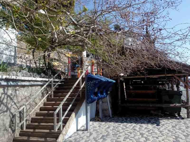 Спортивная площадка на Массандровском пляже