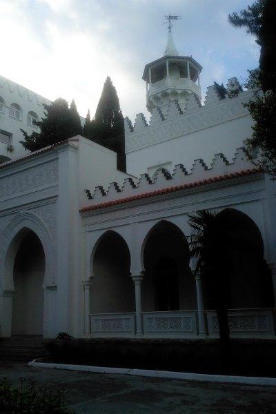 Вид дворца Кичкинэ