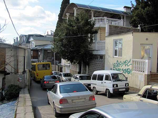 Автомобильные пробки на улице Дражинского фото