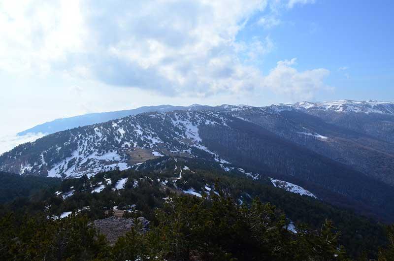 Прекрасные виды Крымских гор по ходу подъёма