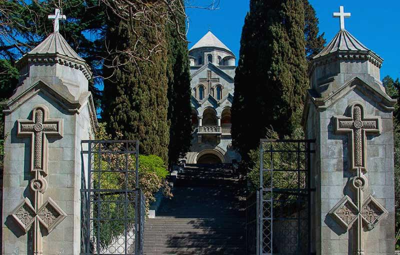 Армянская церковь (святой Рипсиме) в Ялте
