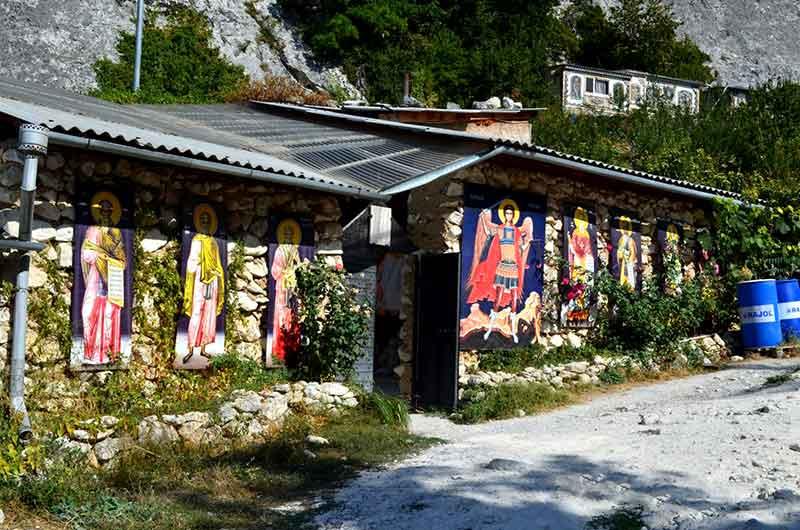 Улицы пещерного города Качи-Кальон