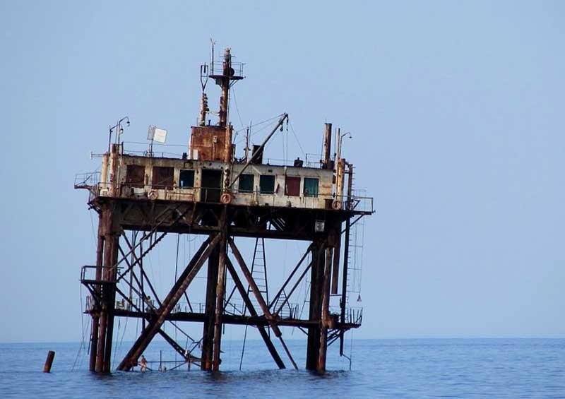Океанографическая платформа в Кацивели