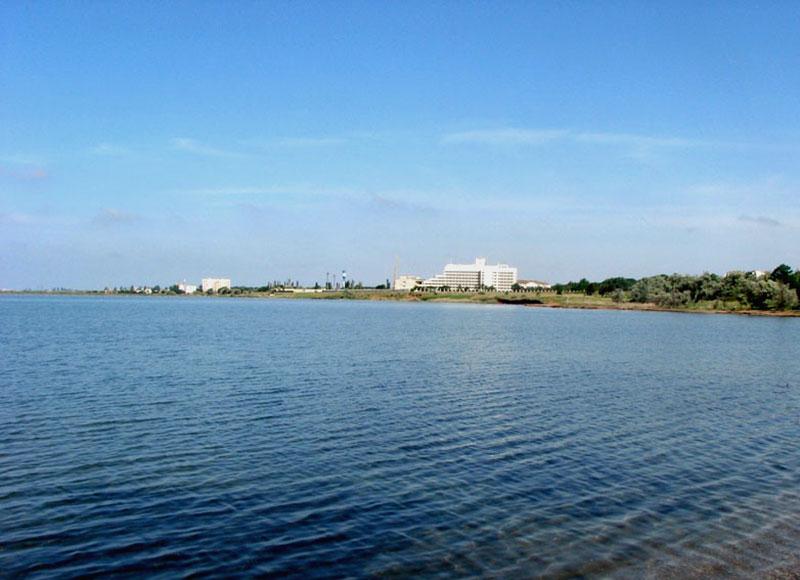 Сакское грязевое озеро