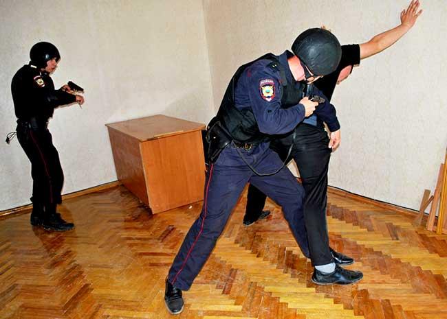 Наряд вневедомственной охраны на задержании