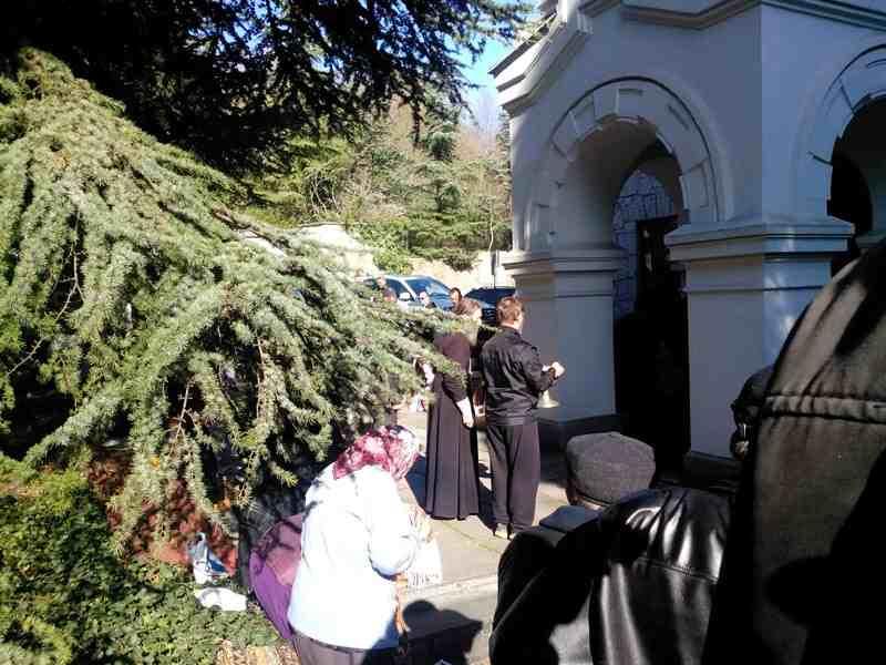 Церковь Преображения Господня в Никите - Крёстный ход.