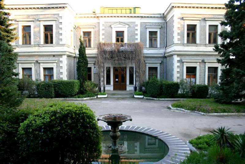 Дворец графа Кузнецова в Форосе