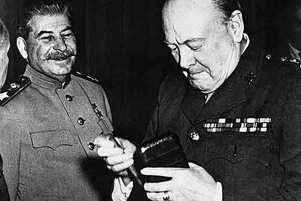 Закулисные отношения на Ялтинской конференции 1945