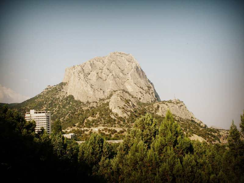 Гора Сокол в Судаке