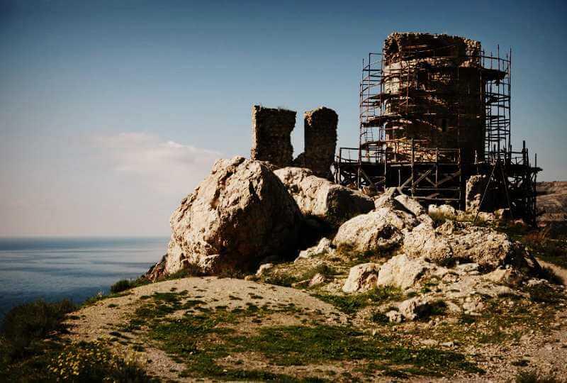 Работы по реконструкции крепости Чембало