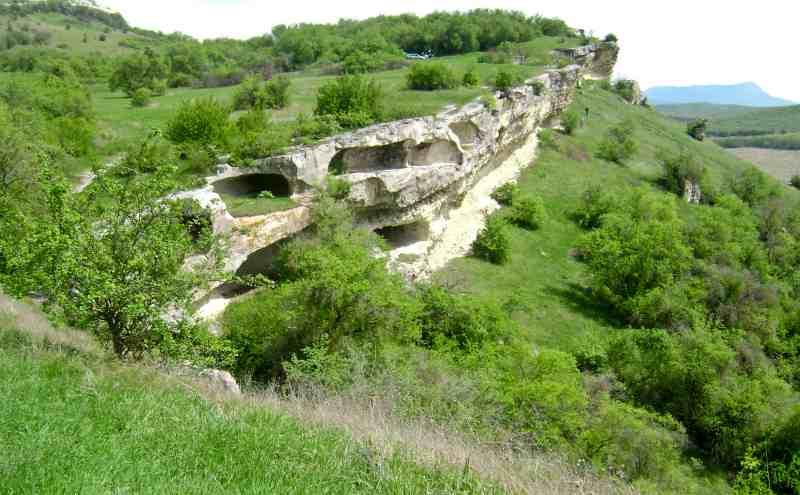 Пещерный город Бакла с. Скалистое