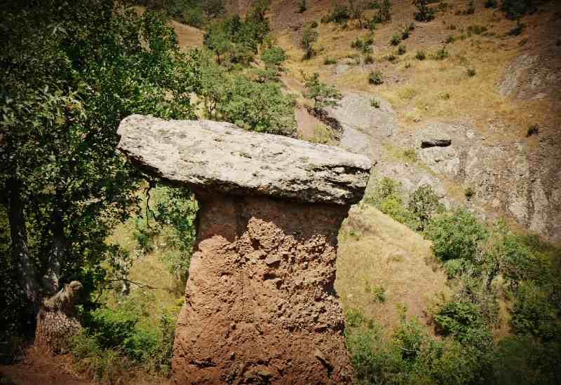 Долина Сотеры с каменными грибами