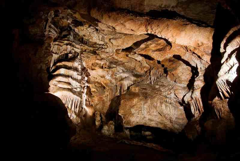 Один из залов пещеры Крубера