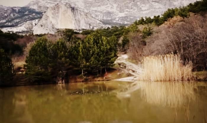 Озеро рядом с горой Шаан-Кая