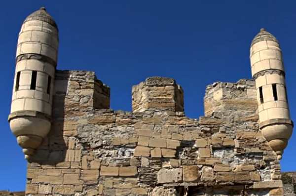 Бойницы крепости Ени-кале