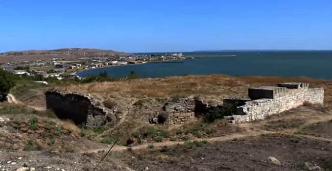 Развалины крепости Ени-Кале