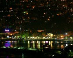 Ночной вид Ялтинского порта