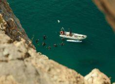Погружение с катера возле горы Аю-Даг