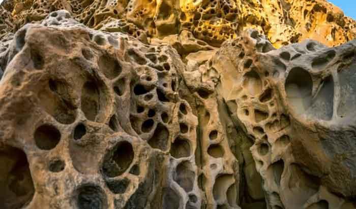 Сырные скалы в Малореченском