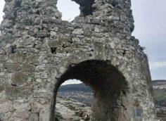 Арка крепости